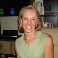 Photo of Dr. Julie Mosier