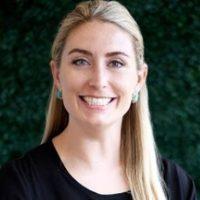 Photo of Dr. Samantha Hollinger, DMD