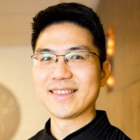 Photo of Dr. David Ta-Jen Lin